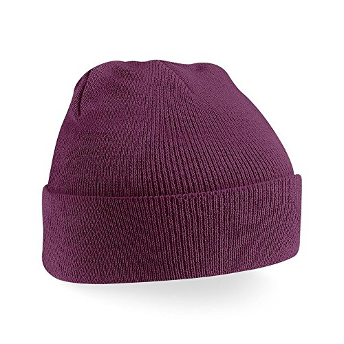 Beechfield Knitted hat with turn up in Plum from Beechfield