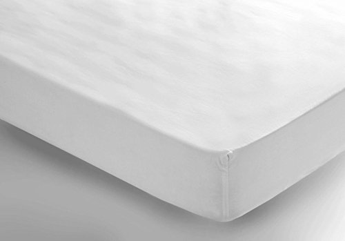 "Fitted Sheet Colour: White, Size: King 18"" from Belledorm"