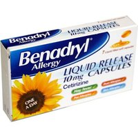 Benadryl Allergy Liquid Release Capsules 7 from Benadryl