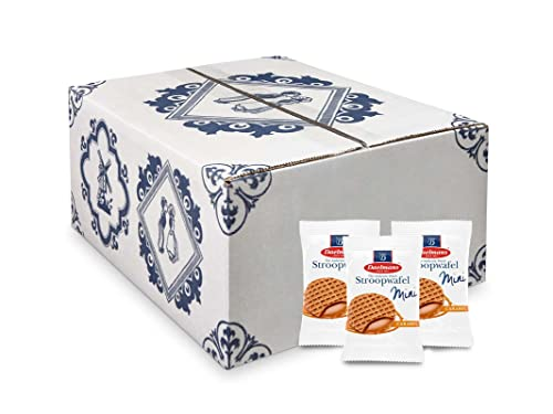 Daelmans Mini Stroopwafel | Caramel Stroopwaffles | Caramel Wafers - 8 g x 200 in a box - Great for sharing with friends, family & colleagues - Perfect gift for events, fairs or as snack at the office from Daelmans