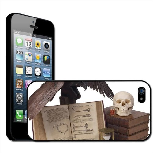 Fancy A Snuggle Halloween Props Spooky Skulls Black Crow Poison Clip On Back Cover Hard Case for Apple iPhone 5 from Fancy A Snuggle
