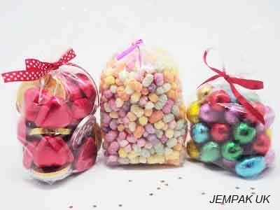 "JEMPAK UK® Pack of 50 Small crystal clear gussetted cellophane sweets/Party/Gift bags (3"" x 1¾"" x 8¼"") from JEMPAK UK®"