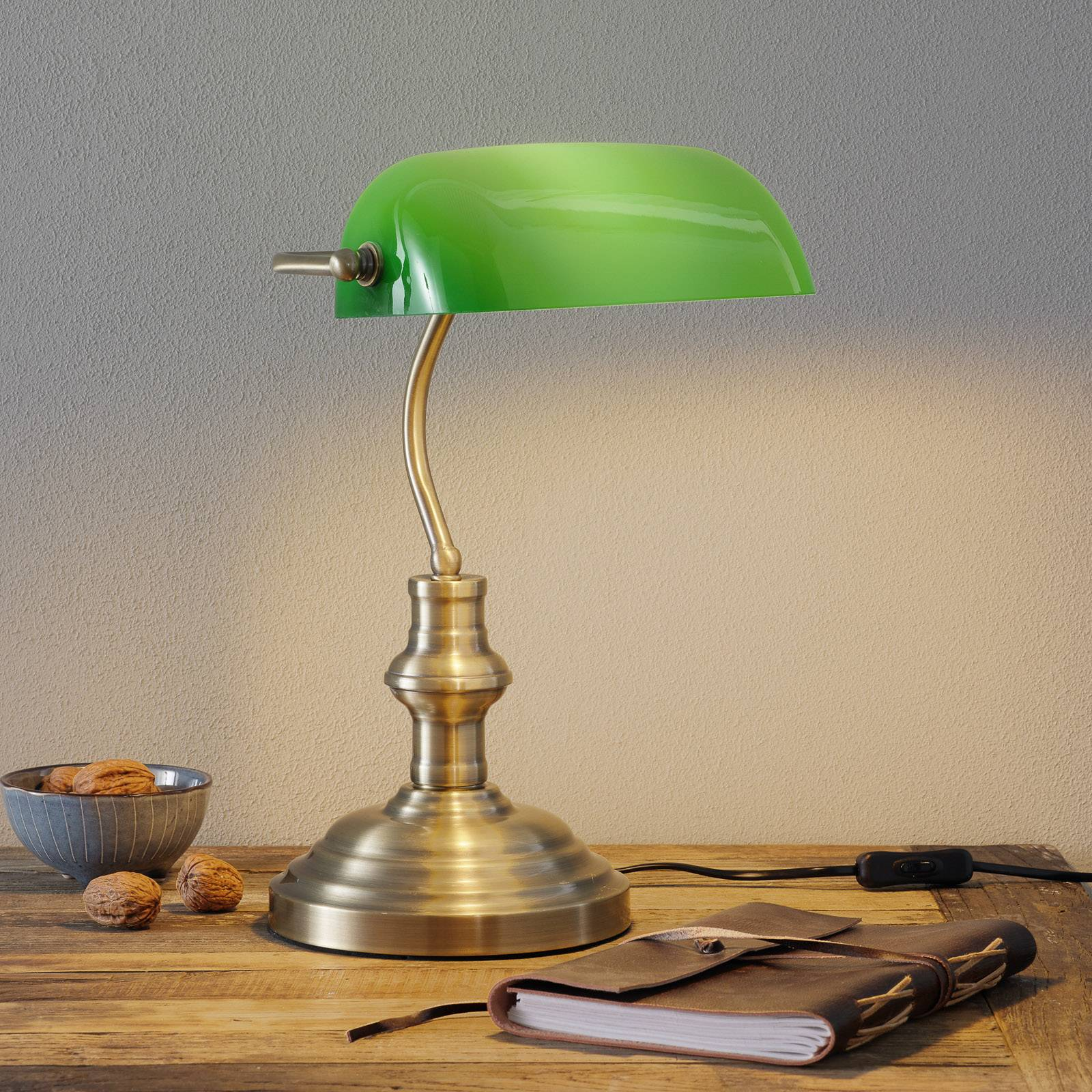 Bankers classic table lamp 42 cm green from LamP GUSTAF
