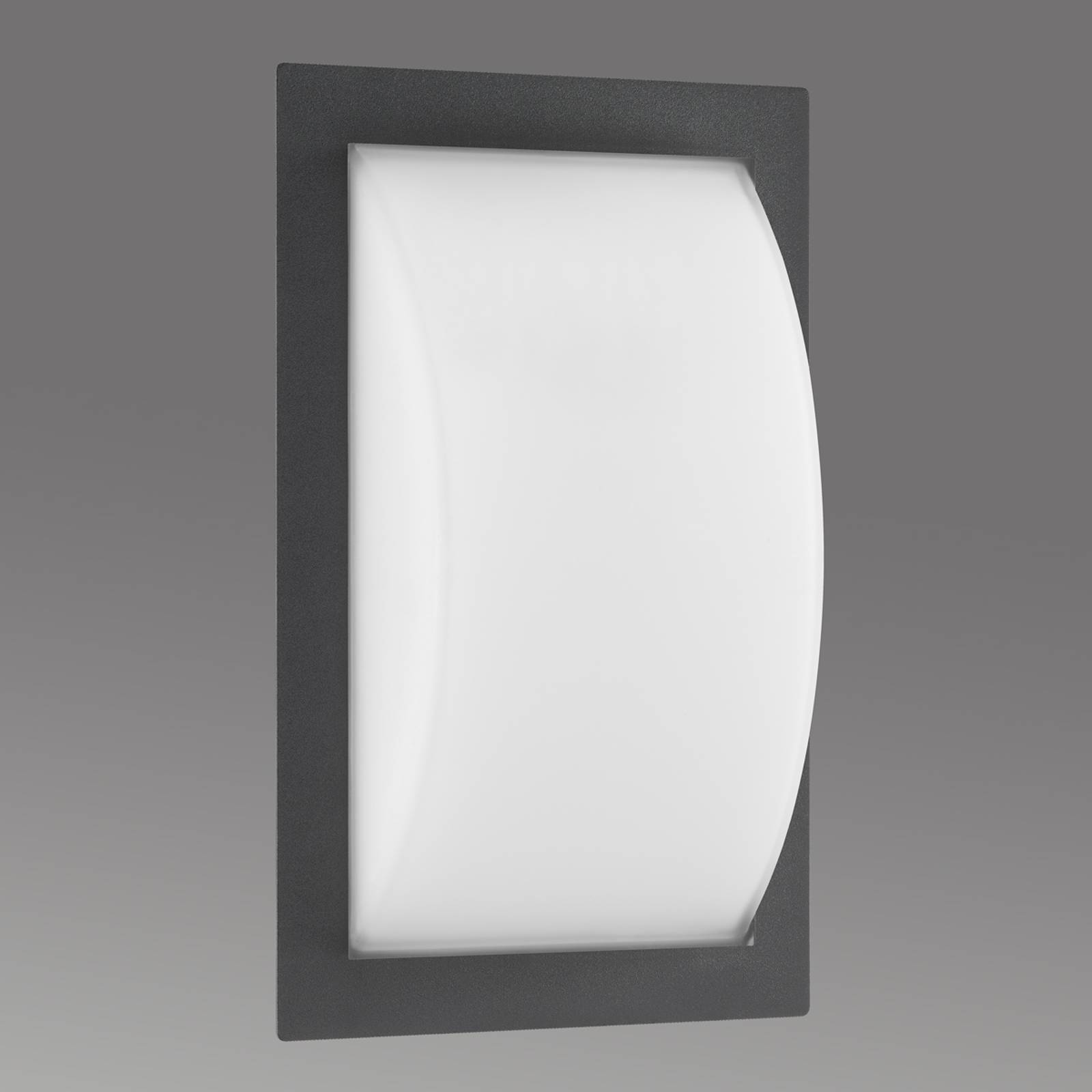 Bulbous outdoor wall light Ivett from LCD