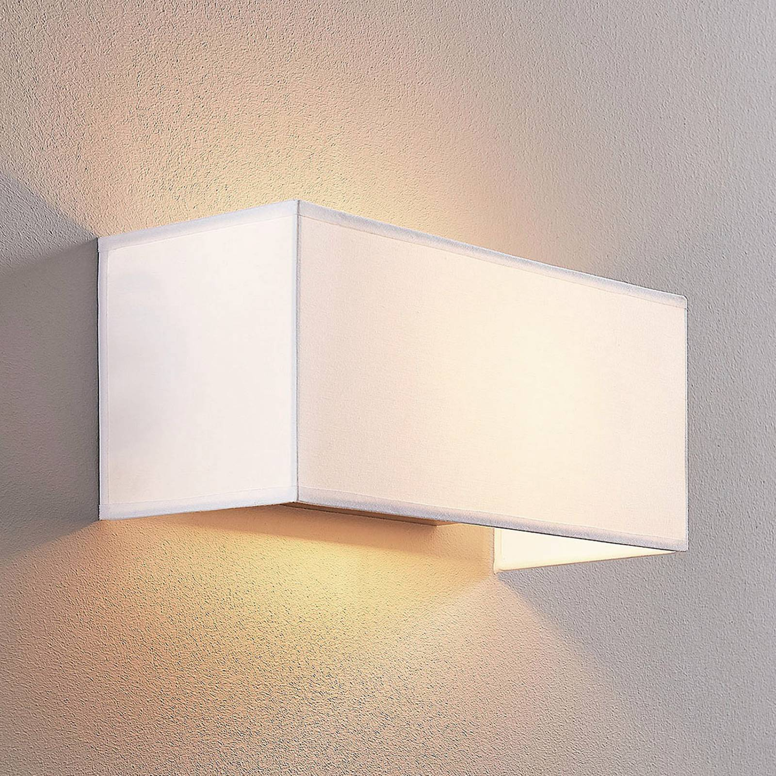 Adea fabric wall lamp, 30 cm, angular, white from Lindby
