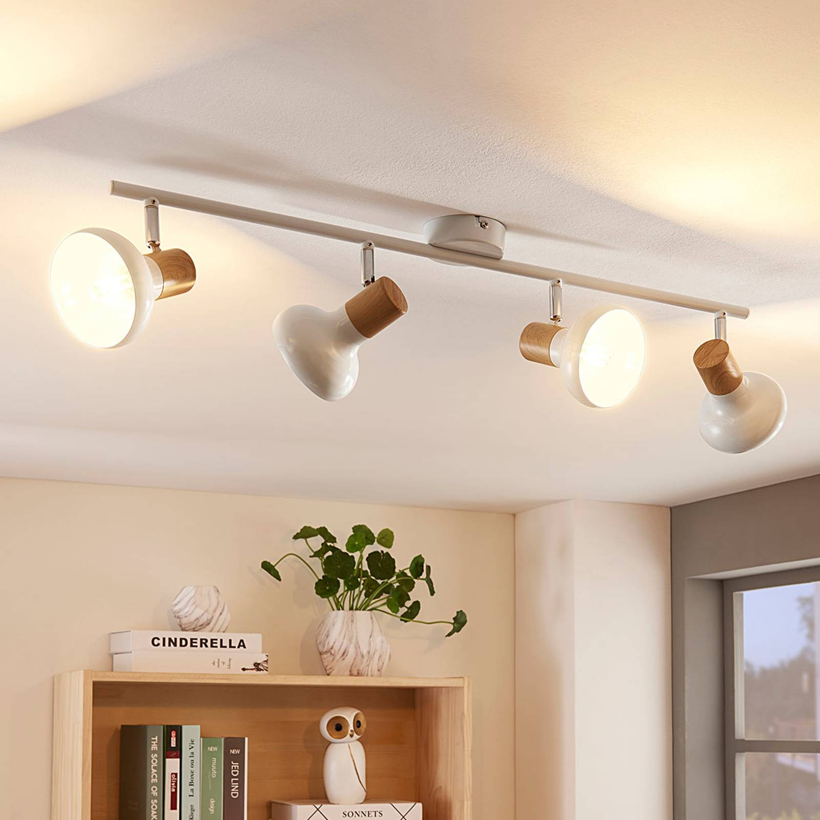 Linear ceiling light Fridolin, four-bulb from Lindby