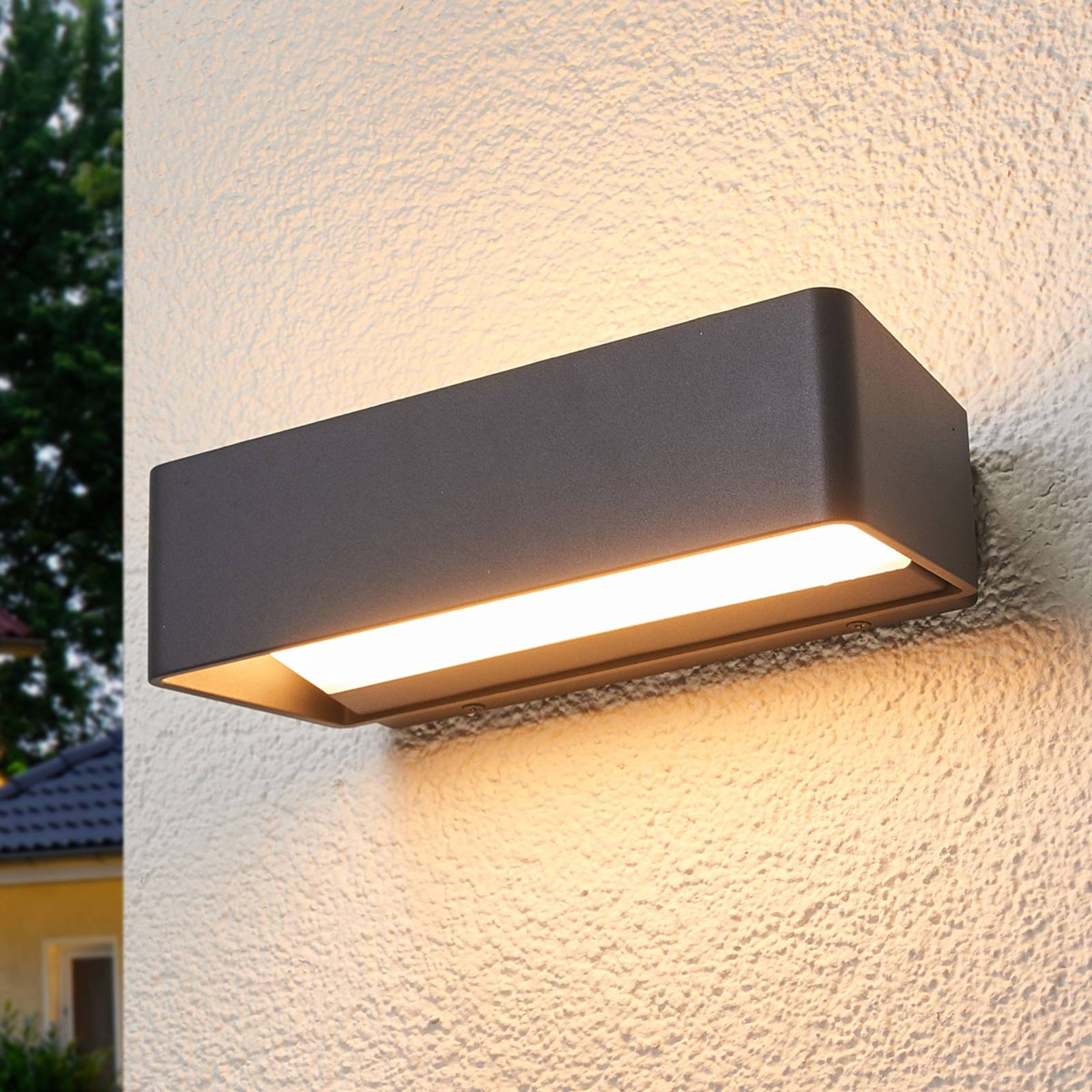 Logan - simple LED wall lamp for outdoors, IP65 from Lucande