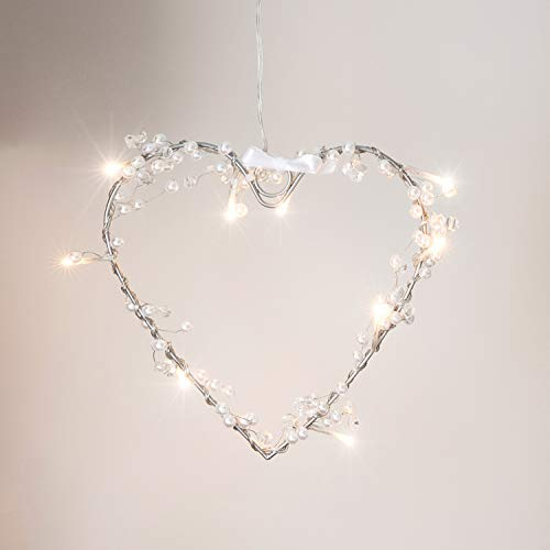 Battery Operated Heart Fairy Light Wreath with 10 Warm White LEDs by Lights4fun from Lights4fun