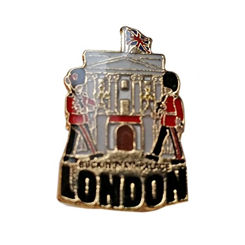 Enamel Pin Badge, Buckingham Palace - London Souvenir Pin Badge Detailing Buckingham Palace, the Queen's Residence from My London Souvenirs