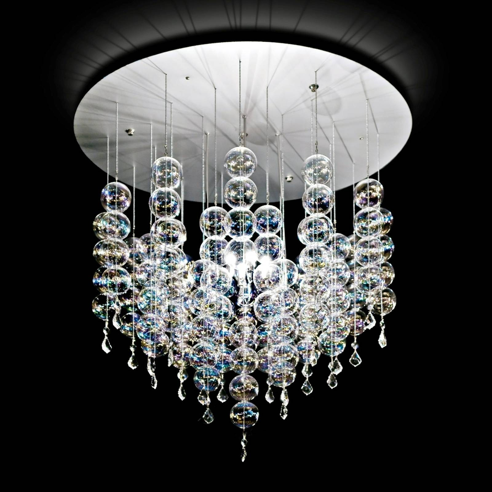 Soap hanging light with elegant glass spheres from NOVARESI