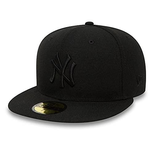 New Era Black On Black New York Yankees - Cap for Man, color Black, size 7 7/8 from New Era