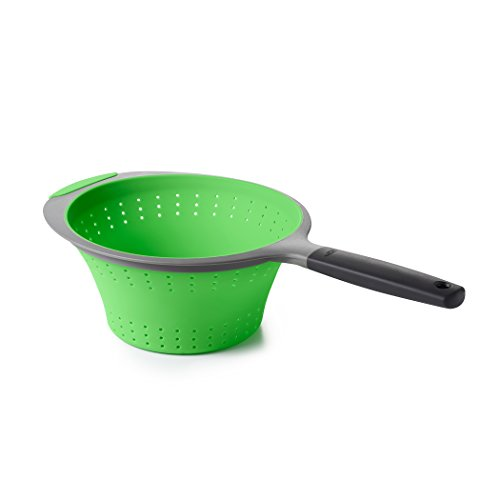 OXO Good Grips Collapsible Colander, 1.9L, Silicone, Green from OXO Good Grips