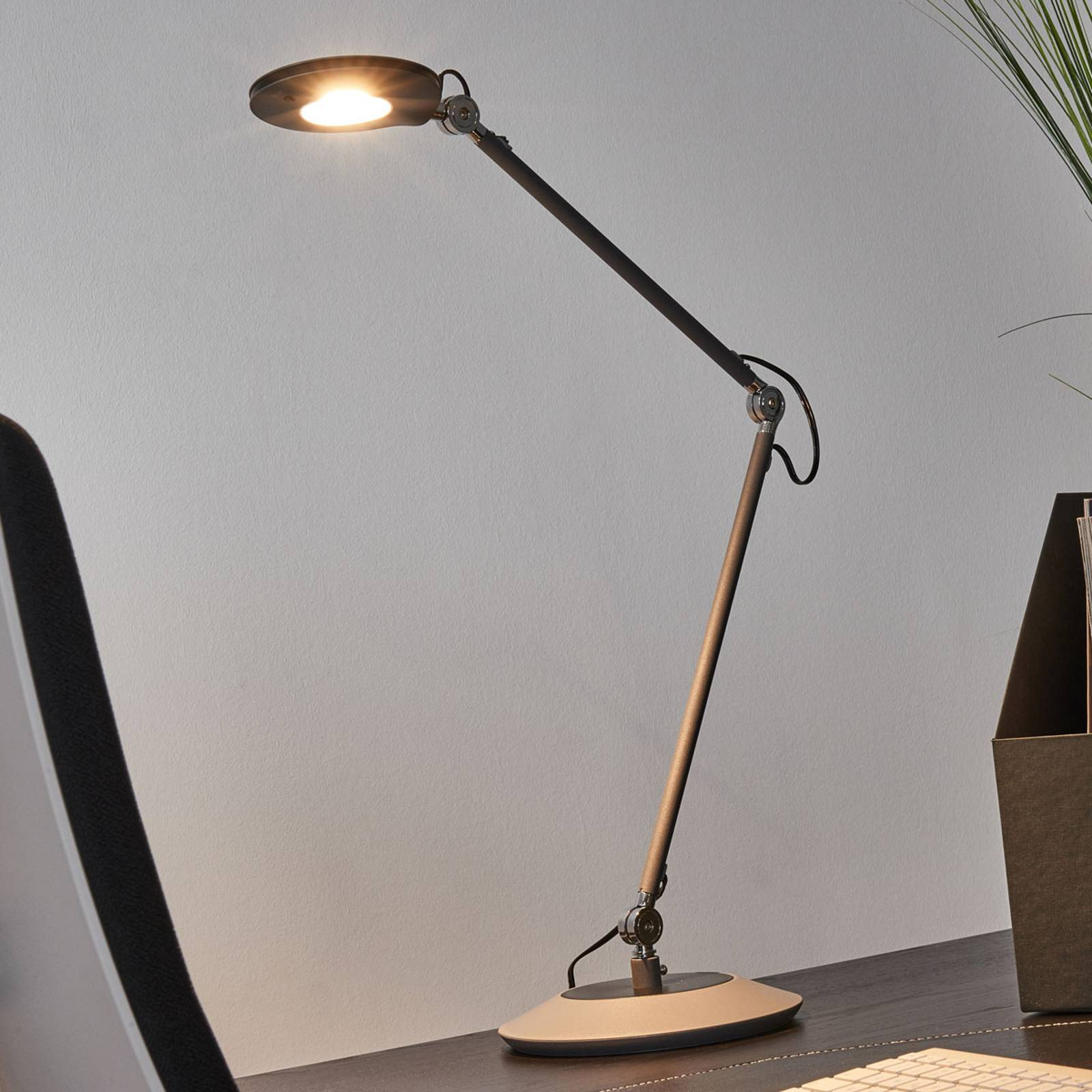 Anthracite-coloured LED table lamp Roderic from Trio Lighting
