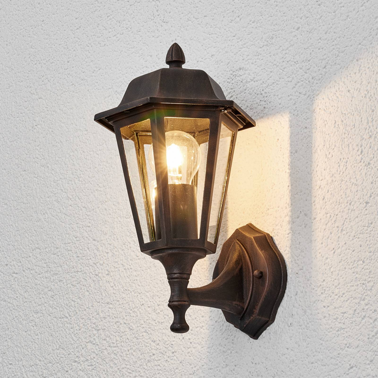 Beautiful outdoor wall light Lamina from Lindby