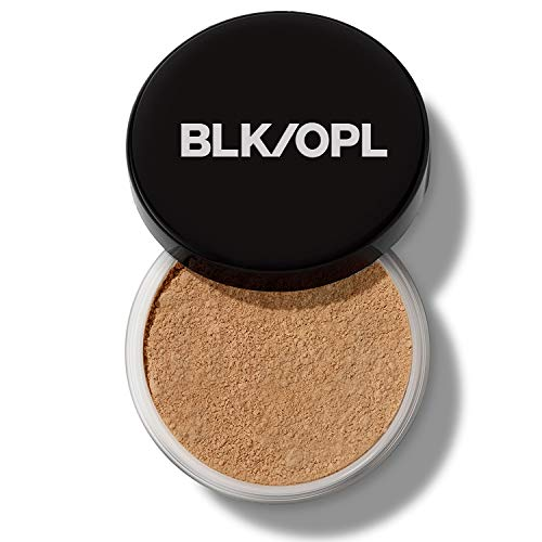 Black Opal Deluxe Finishing Powder Natural Light 2