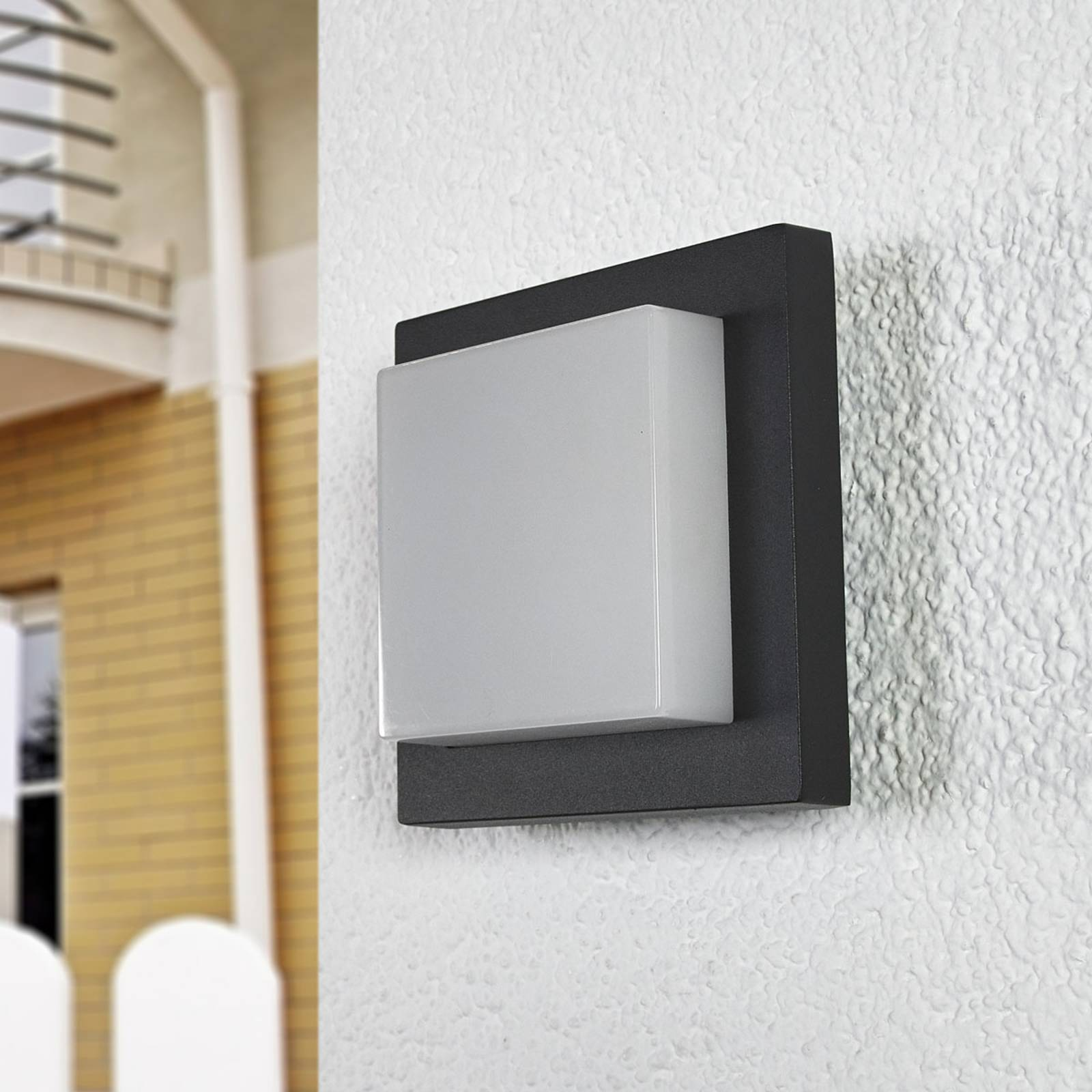Celeste discreet LED outdoor wall light from Lampenwelt.com
