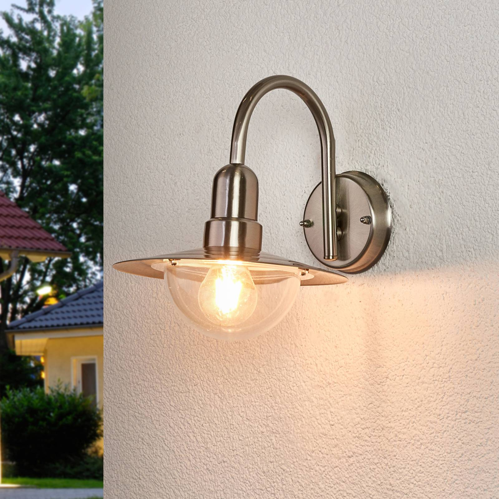 Classic LED outdoor wall light Fedra in steel from Lindby