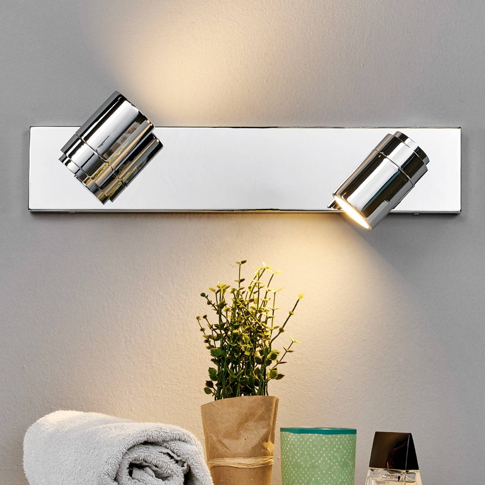Dejan bathroom wall light in chrome, two bulbs from Lindby
