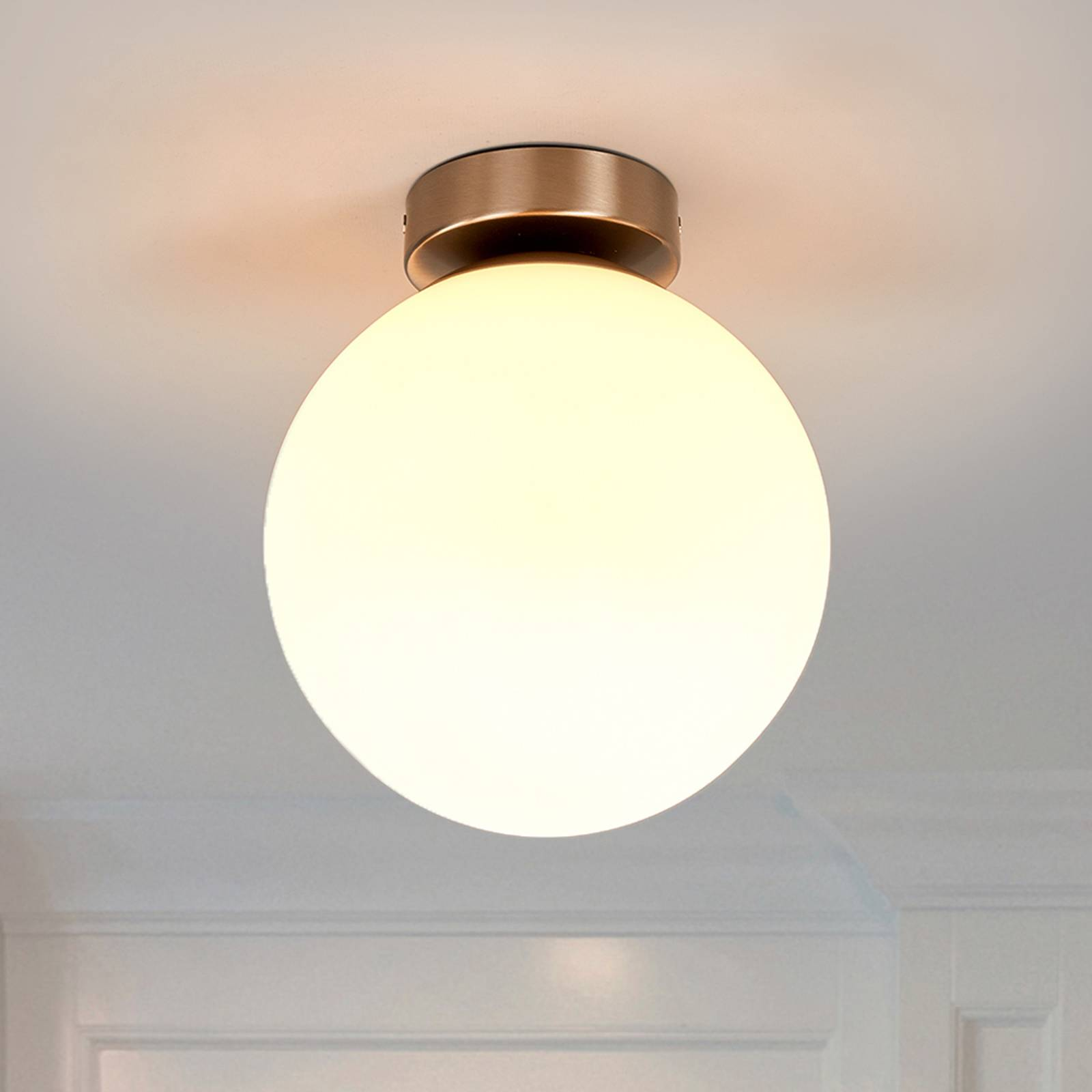 Round bathroom ceiling light Lennie from Lindby