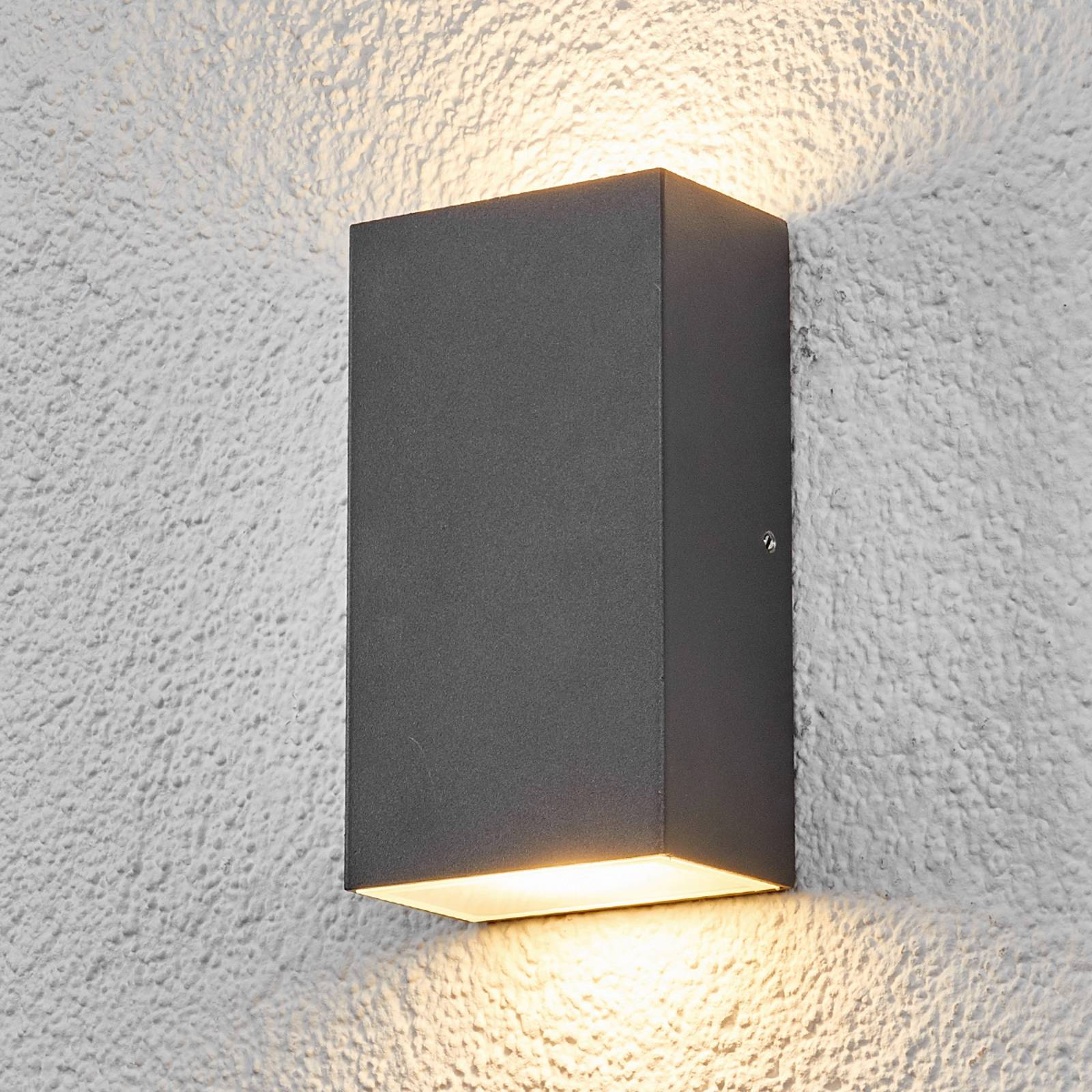 Square LED outdoor wall light Weerd from Lindby