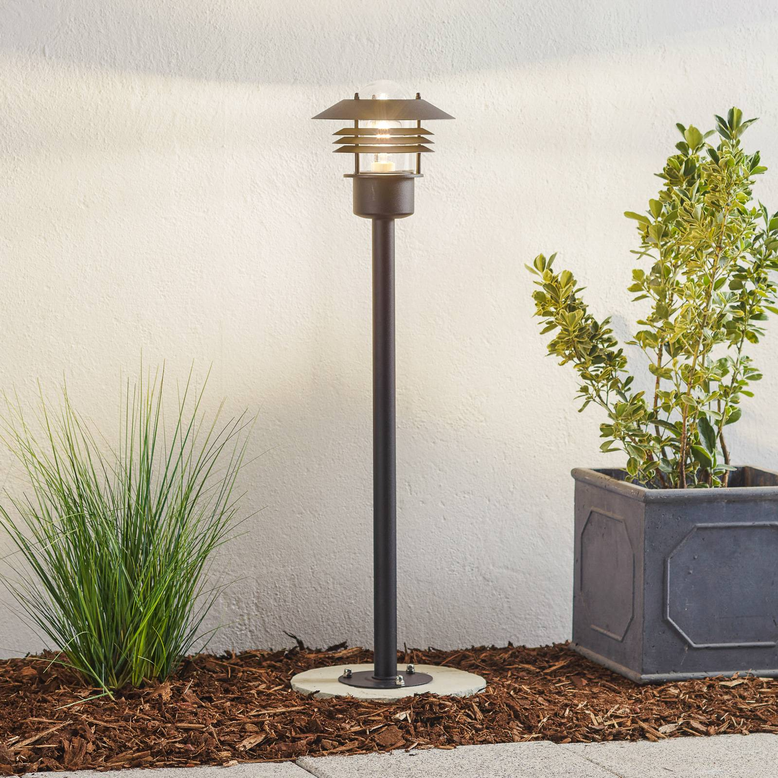 Stylish pathway lamp Vejers, black from Nordlux