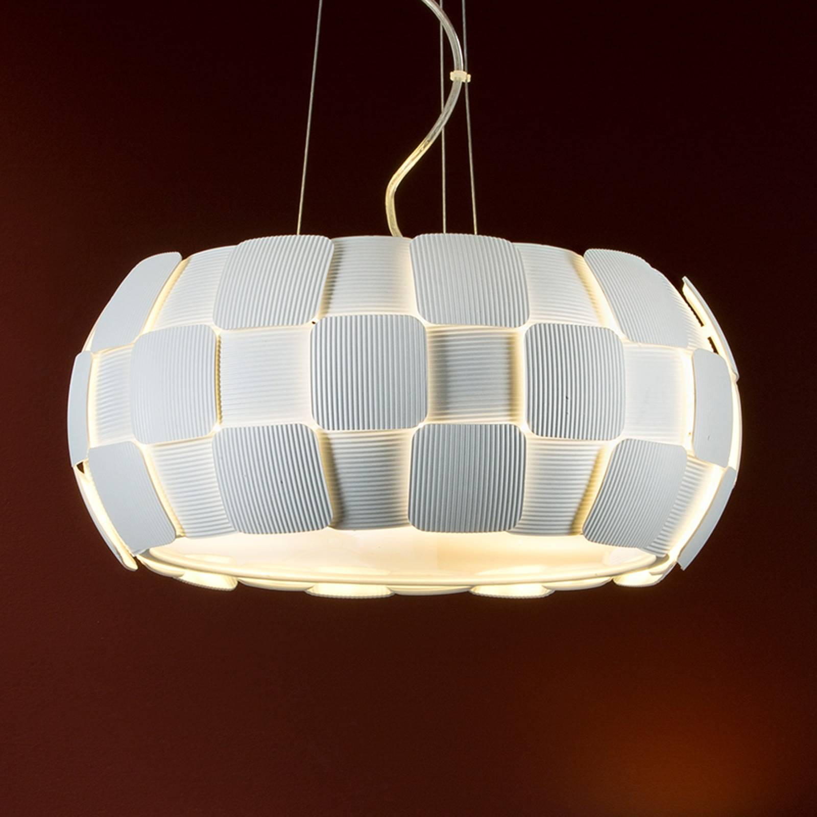 White hanging light Quios with a great lampshade from Schuller