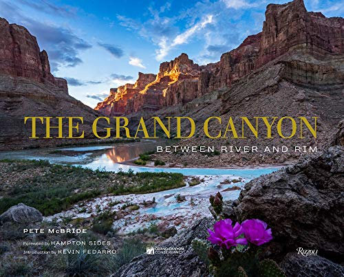 Grand Canyon Between River & Rim: Between River and Rim from Rizzoli International Publications