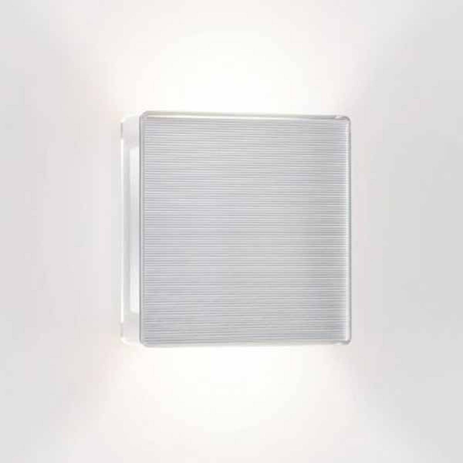 LED wall light App with ribbed front from Serien Lighting