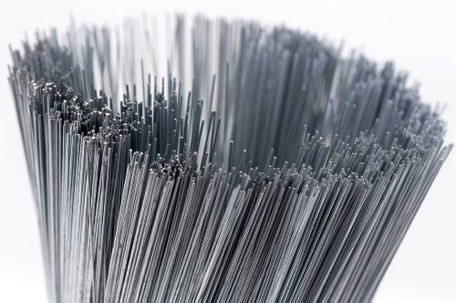 "Thin Silver Cut Wire 7"" Lengths 100g Pack Smithers Oasis Floristry (28 Gauge) from Smithers Oasis"