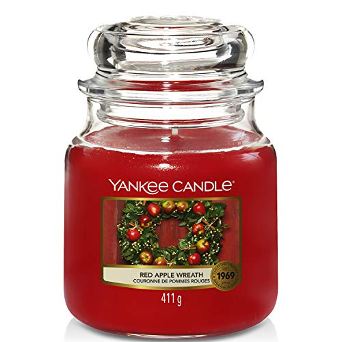 Yankee Candle Scented Candle | Red Apple Wreath Medium Jar Candle| Burn Time: Up to 75 Hours from Yankee Candle
