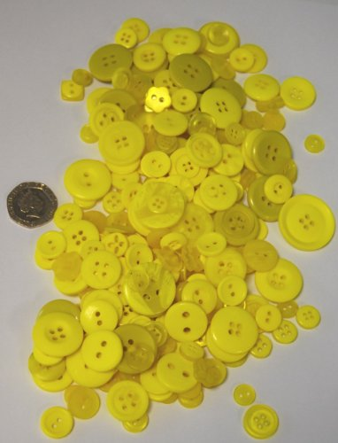 Pack of 100g - YELLOW BUTTONS - Mixed Sizes of Various Yellow Buttons for Sewing and Crafting from celloexpress