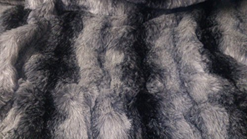 celloexpress Striped Wolf Faux Animal Fur Fabric - Black Sample Size - 30mm Pile Teddy Bear & Soft Toy Making Fabric Fur from celloexpress