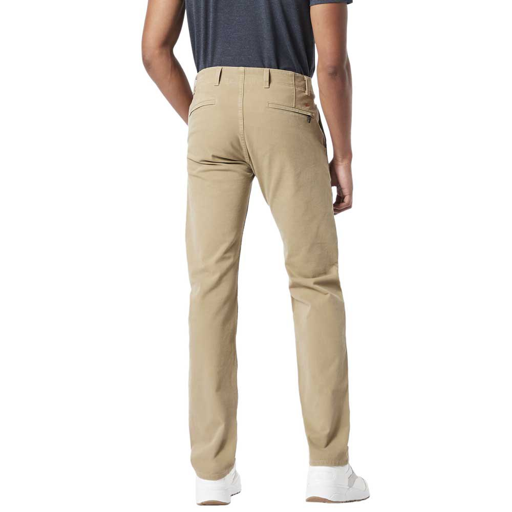 Dockers Alpha Khaki Smart 360 Flex Slim Tapered 30 New British Khaki from Dockers
