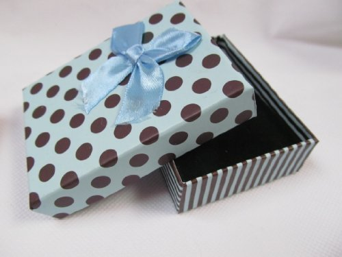 5 x Medium sized high quality spotted baby blue polka dots with box jewellery ring necklace bracelet gift boxes padded insert - posted from London by Fat-catz from fat-catz-copy-catz